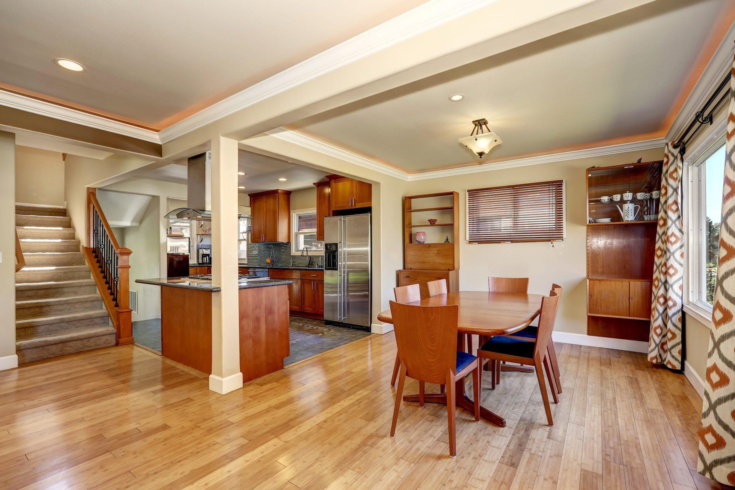 Beragam Interior Kayu Yang Bisa Bikin Apartemen Lebih Aesthetic