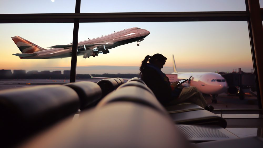 Tips Travelling Naik Pesawat Saat New Normal