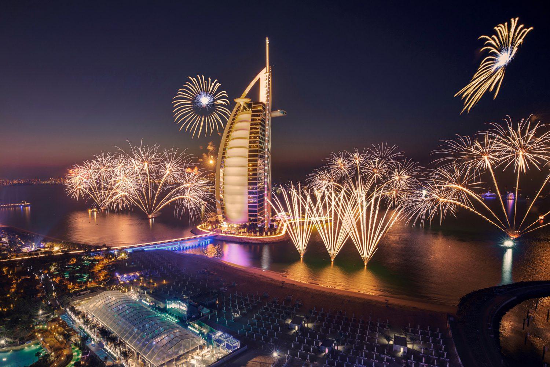 Negara Dengan Pesta Kembang Api Terindah Saat Tahun Baru