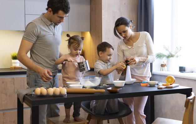 memasak takjil bersama