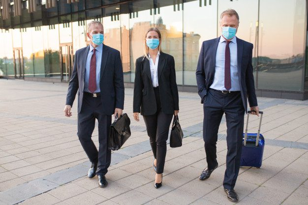 Tips Aman Melakukan Perjalanan Dinas Saat Pandemi Corona