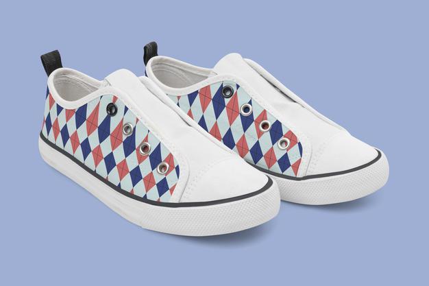 sepatu sneakers