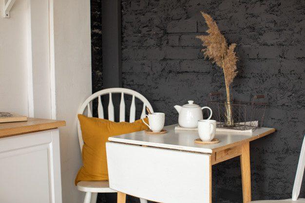 Inspirasi Meja Lipat Dinding Untuk Apartemen Studio
