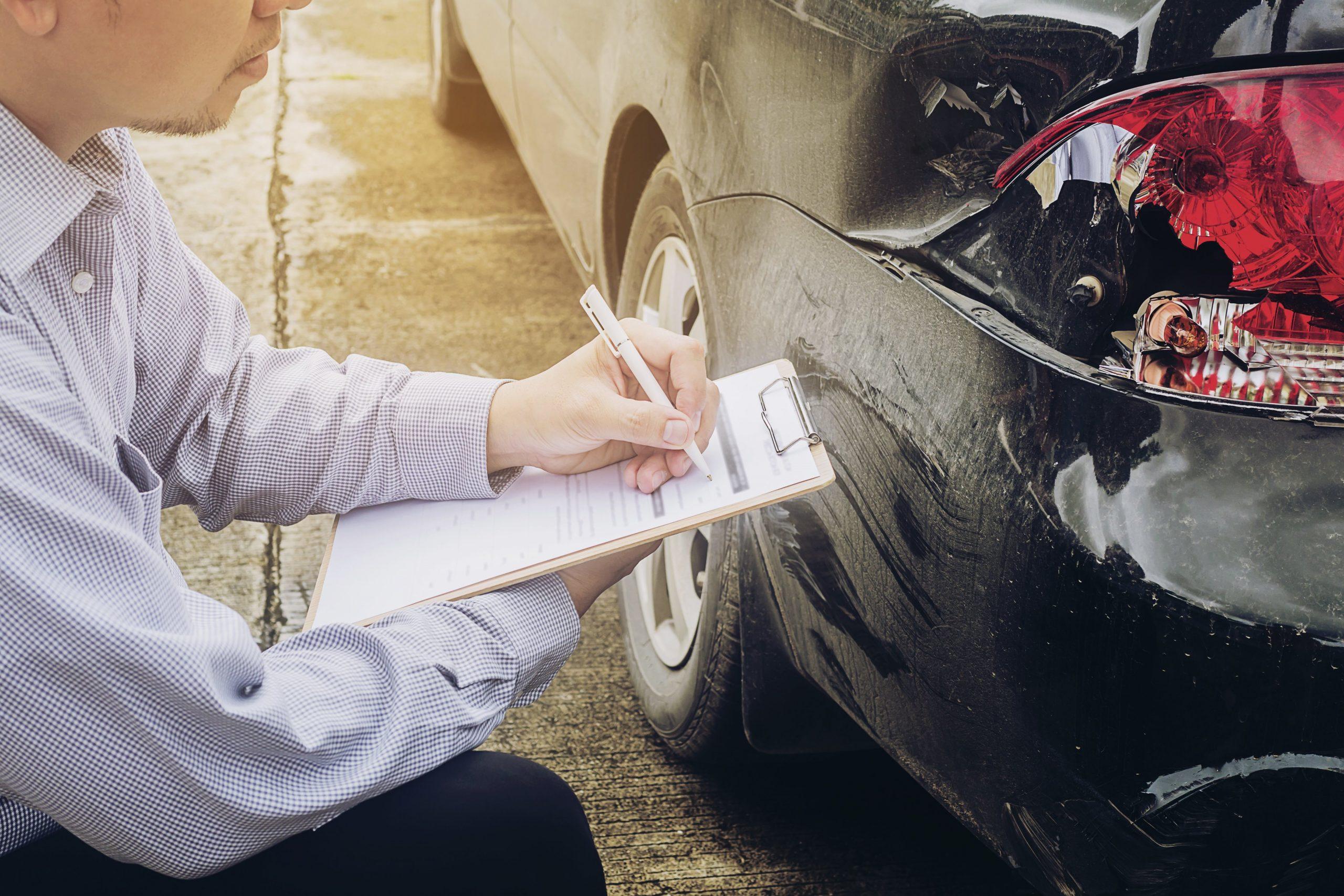 Alasan Mengapa Kita Harus Memiliki Asuransi Kendaraan
