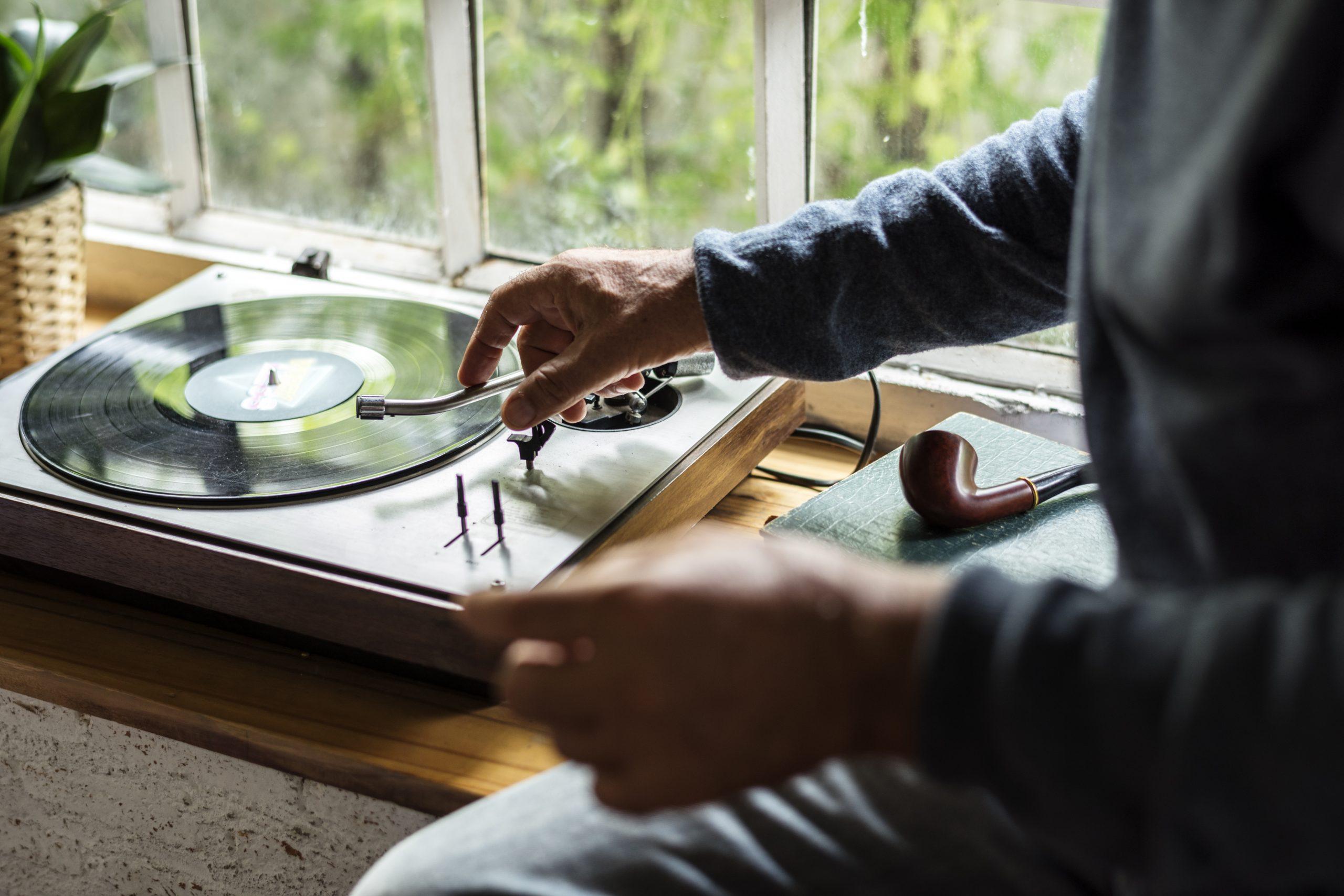 Piringan Hitam, Cara Lain Mendengarkan Musik